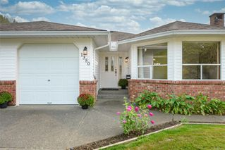 Photo 2: 1350 Pheasant Pl in : CV Courtenay East House for sale (Comox Valley)  : MLS®# 856183