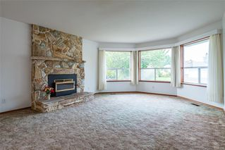 Photo 10: 1350 Pheasant Pl in : CV Courtenay East House for sale (Comox Valley)  : MLS®# 856183