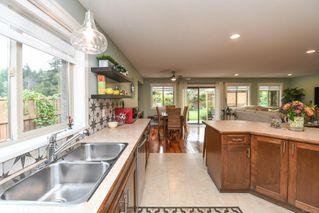 Photo 5: 842 Grumman Pl in : CV Comox (Town of) House for sale (Comox Valley)  : MLS®# 857324