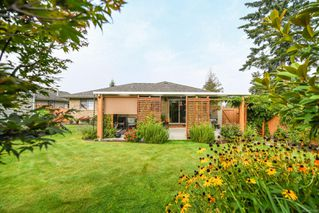 Photo 3: 842 Grumman Pl in : CV Comox (Town of) House for sale (Comox Valley)  : MLS®# 857324