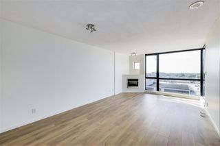 """Photo 10: 1701 7831 WESTMINSTER Highway in Richmond: Brighouse Condo for sale in """"Capri"""" : MLS®# R2505411"""