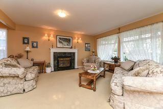 Photo 12: 2281 Stirling Cres in : CV Courtenay East House for sale (Comox Valley)  : MLS®# 858213