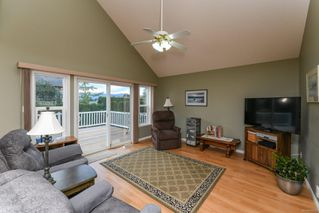 Photo 7: 2281 Stirling Cres in : CV Courtenay East House for sale (Comox Valley)  : MLS®# 858213