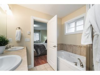 """Photo 28: 69 14655 32 Avenue in Surrey: Elgin Chantrell Townhouse for sale in """"Elgin Pointe"""" (South Surrey White Rock)  : MLS®# R2515741"""