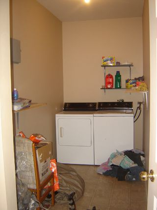 Photo 9: 103 4685 Alderwood Drive in Courtenay: Multifamily for sale : MLS®# 230997