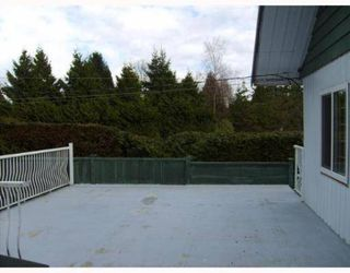 Photo 10: 2561 E 27TH Ave in Vancouver: Collingwood Vancouver East House for sale (Vancouver East)  : MLS®# V637679