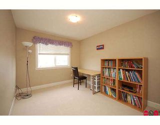 "Photo 9: 7266 198TH ST in Langley: Willoughby Heights House for sale in ""MOUNTAIN VIEW ESTATES"" : MLS®# F2901733"