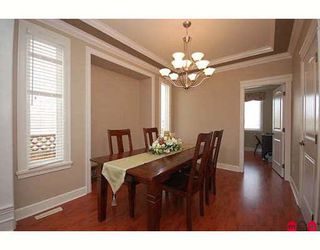 "Photo 3: 7266 198TH ST in Langley: Willoughby Heights House for sale in ""MOUNTAIN VIEW ESTATES"" : MLS®# F2901733"