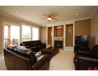 "Photo 5: 7266 198TH ST in Langley: Willoughby Heights House for sale in ""MOUNTAIN VIEW ESTATES"" : MLS®# F2901733"