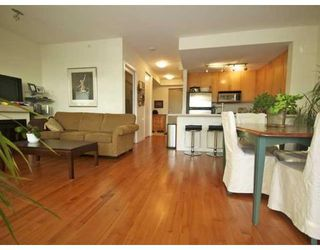 Photo 3: # 703 2055 YUKON ST in Vancouver: Condo for sale : MLS®# V862810