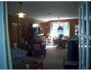 Photo 2: 173 WASAGAMING Drive in ONANOLE: Manitoba Other Single Family Detached for sale : MLS®# 2712258