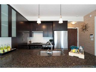 "Photo 2: # 1101 1650 W 7TH AV in Vancouver: Fairview VW Condo for sale in ""VIRTU"" (Vancouver West)  : MLS®# V906819"