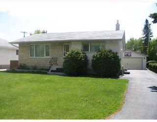 Photo 1: 126 DE GRAFF Bay in WINNIPEG: North Kildonan Residential for sale (North East Winnipeg)  : MLS®# 2809947