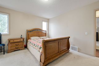 Photo 12: 8732 163 Avenue in Edmonton: Zone 28 House for sale : MLS®# E4165575
