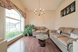 Photo 9: 8732 163 Avenue in Edmonton: Zone 28 House for sale : MLS®# E4165575
