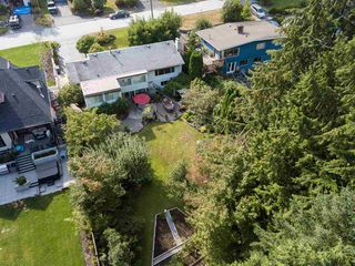Photo 20: 2208 GREYLYNN Crescent in North Vancouver: Westlynn House for sale : MLS®# R2396694