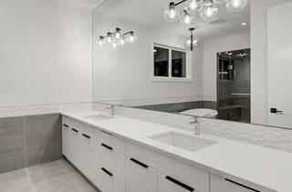 Photo 18: 2627 LIONEL Crescent SW in Calgary: Lakeview Detached for sale : MLS®# C4292541