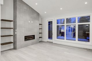 Photo 9: 2627 LIONEL Crescent SW in Calgary: Lakeview Detached for sale : MLS®# C4292541