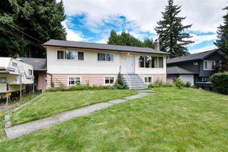 Photo 1: 2147 RINDALL Avenue in Port Coquitlam: Central Pt Coquitlam House for sale : MLS®# R2468499