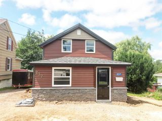 Photo 1: 237 Prospect Avenue in Kentville: 404-Kings County Residential for sale (Annapolis Valley)  : MLS®# 202013756