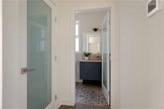 Photo 15: 2413 Mowat St in : OB Henderson Single Family Detached for sale (Oak Bay)  : MLS®# 850632