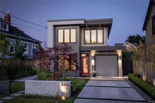 Photo 1: 2413 Mowat St in : OB Henderson Single Family Detached for sale (Oak Bay)  : MLS®# 850632