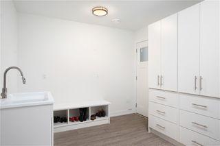 Photo 27: 2413 Mowat St in : OB Henderson Single Family Detached for sale (Oak Bay)  : MLS®# 850632