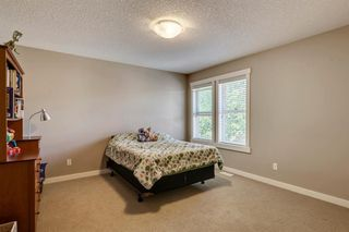 Photo 35: 421 EVERGREEN Circle SW in Calgary: Evergreen Detached for sale : MLS®# A1022781