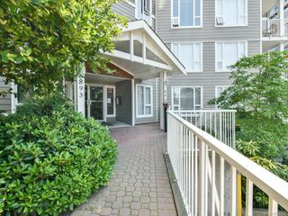 Photo 1: 103 893 Hockley Ave in : La Langford Proper Condo for sale (Langford)  : MLS®# 851883