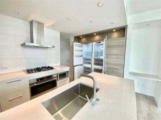 Photo 6: 905 7303 NOBLE Lane in Burnaby: Edmonds BE Condo for sale (Burnaby East)  : MLS®# R2487763