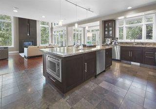 Photo 12: 1086 WANYANDI Way in Edmonton: Zone 22 House for sale : MLS®# E4222026