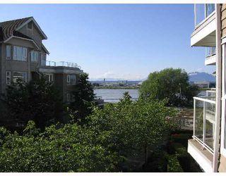 """Photo 7: 342 5880 DOVER Crescent in Richmond: Riverdale RI Condo for sale in """"WATERSIDE"""" : MLS®# V647121"""