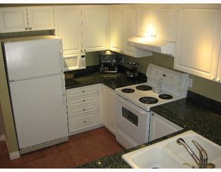 """Photo 2: 342 5880 DOVER Crescent in Richmond: Riverdale RI Condo for sale in """"WATERSIDE"""" : MLS®# V647121"""