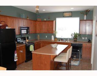"Photo 3: 24377 102A Avenue in Maple_Ridge: Albion House for sale in ""FALCON LANDING"" (Maple Ridge)  : MLS®# V656424"