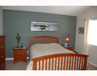 "Photo 6: 24377 102A Avenue in Maple_Ridge: Albion House for sale in ""FALCON LANDING"" (Maple Ridge)  : MLS®# V656424"