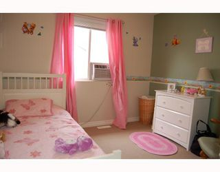 "Photo 7: 24377 102A Avenue in Maple_Ridge: Albion House for sale in ""FALCON LANDING"" (Maple Ridge)  : MLS®# V656424"