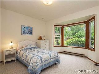 Photo 11: 10796 Madrona Drive in NORTH SAANICH: NS Deep Cove Single Family Detached for sale (North Saanich)  : MLS®# 295112