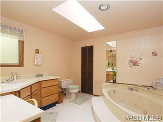 Photo 14: 10796 Madrona Drive in NORTH SAANICH: NS Deep Cove Single Family Detached for sale (North Saanich)  : MLS®# 295112
