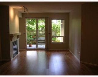 "Photo 2: 155 1100 E 29TH Street in North_Vancouver: Lynn Valley Condo for sale in ""HIGHGATE"" (North Vancouver)  : MLS®# V660961"