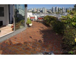 Photo 6: 311 674 LEG IN BOOT Square in Vancouver: False Creek Townhouse for sale (Vancouver West)  : MLS®# V668045