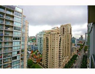 """Photo 9: 1901 1010 RICHARDS Street in Vancouver: Downtown VW Condo for sale in """"GALLERY"""" (Vancouver West)  : MLS®# V670409"""