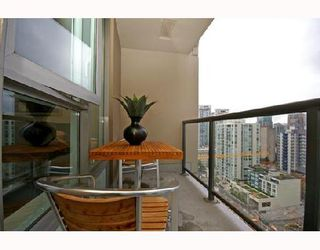 """Photo 8: 1901 1010 RICHARDS Street in Vancouver: Downtown VW Condo for sale in """"GALLERY"""" (Vancouver West)  : MLS®# V670409"""
