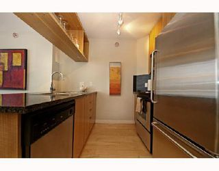 """Photo 4: 1901 1010 RICHARDS Street in Vancouver: Downtown VW Condo for sale in """"GALLERY"""" (Vancouver West)  : MLS®# V670409"""