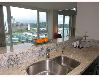 Photo 3: 607 - 499 Broughton Street in Vancouver: Coal Harbour Condo for sale (Vancouver West)  : MLS®# V671870