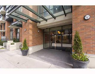 "Photo 2: 313 1082 SEYMOUR Street in Vancouver: Downtown VW Condo for sale in ""FREESIA"" (Vancouver West)  : MLS®# V703423"
