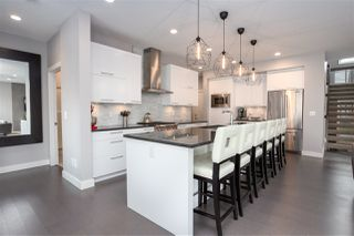 Photo 2: 2107 89B Street in Edmonton: Zone 53 House for sale : MLS®# E4169824