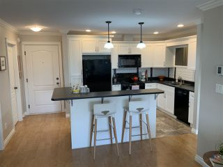 "Photo 1: 308 45535 SPADINA Avenue in Chilliwack: Chilliwack W Young-Well Condo for sale in ""SPADINA PLACE"" : MLS®# R2425559"