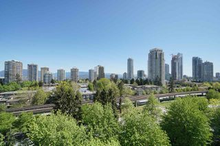 "Photo 12: 10E 6128 PATTERSON Avenue in Burnaby: Metrotown Condo for sale in ""Grand Central Park Place"" (Burnaby South)  : MLS®# R2454140"