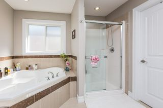 Photo 38: 1240 CUNNINGHAM Drive in Edmonton: Zone 55 House for sale : MLS®# E4203698