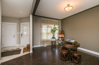 Photo 6: 1240 CUNNINGHAM Drive in Edmonton: Zone 55 House for sale : MLS®# E4203698